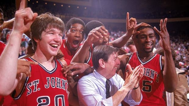 Chris Mullin, Lou Carnesecca and Billy Goodwin