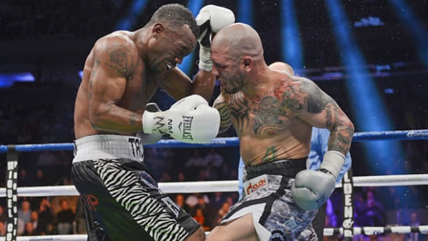 Loss on points to Austin Trout