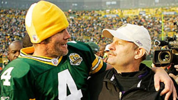 brett-favre-brad-childress.jpg