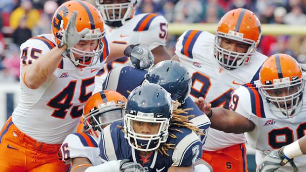 No. 25 Connecticut 30, Syracuse 7
