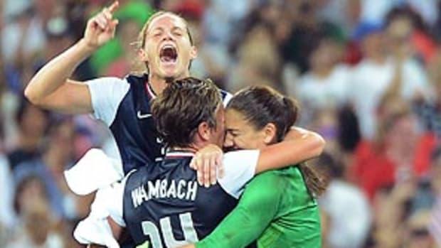 us-womens-soccer-gold-medal.jpg