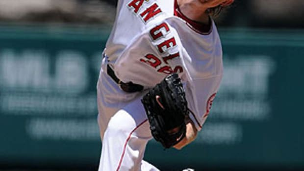 jered-weaver-jwm2.jpg