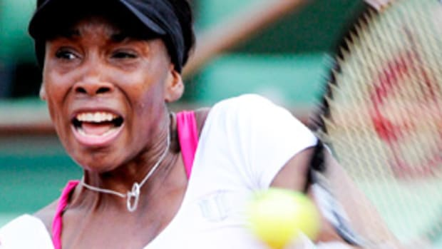 120528122146-venus-williams-french298rnd1epa-single-image-cut.jpg
