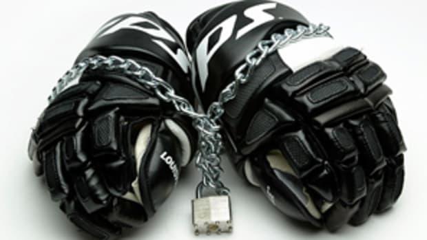 121228131444-nhl-lockout-gloves-single-image-cut.jpg