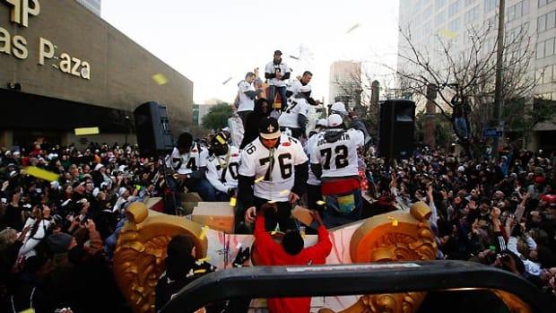 Saints-parade-2.jpg