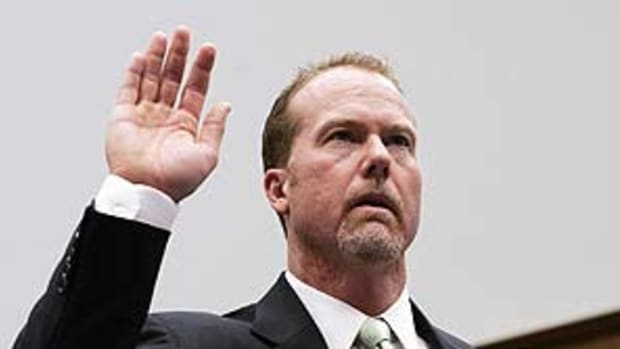 mark-mcgwire-congress2.jpg