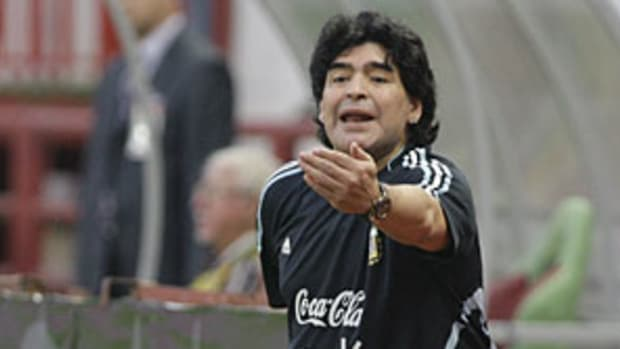 maradona-st.jpg