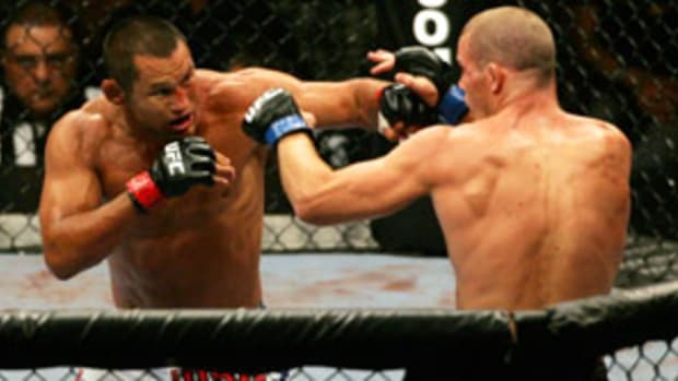 dan-henderson-strikeforce.jpg