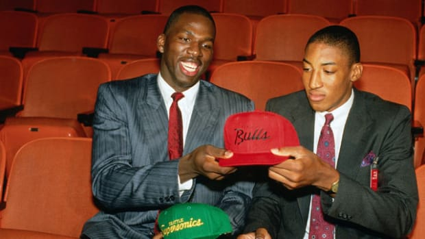 Scottie Pippen and Olden Polynice
