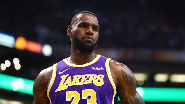 lebron-james-lakers-warriors-lopsided-win