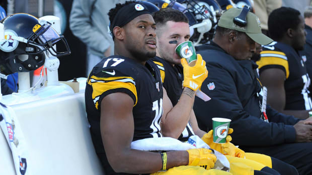 JuJu-Smith-Schuster-Out-Concussion