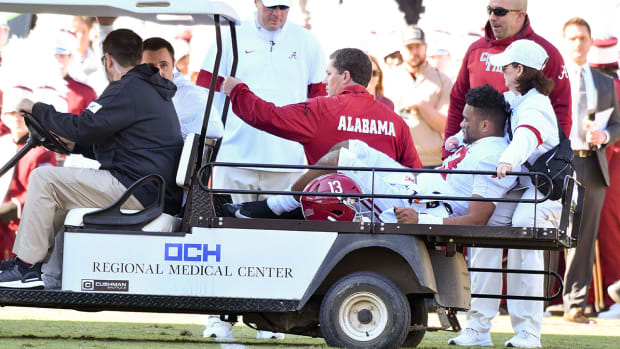 tua-tagovailoa-carted-off