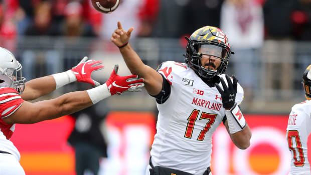 Maryland Terrapins quarterback Josh Jackson (17) throws against the Ohio State Buckeyes during the first quarter at Ohio Stadium.