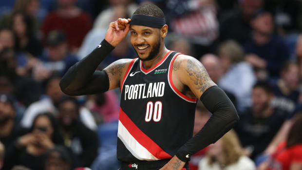 Carmelo Anthony on the court in a Trail Blazers uniform