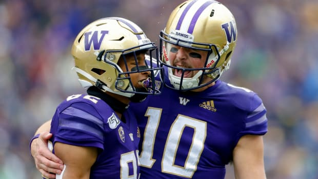 Amid disappointment, QB remains loyal to his Huskies teammates.