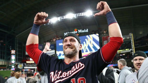 Yan Gomes is reportedly returning to the Washington Nationals on a two-year, $10 million deal.