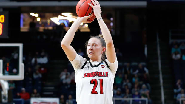 Louisville women's basketball beats Oregon