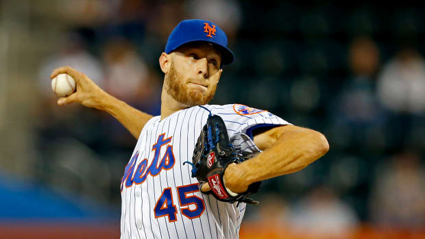 Sep 10, 2019; New York City, NY, USA;  New York Mets starting pitcher Zack Wheeler (45) pitches in the first inning against the Arizona Diamondbacks at Citi Field. Mandatory Credit: Noah K. Murray-USA TODAY Sports