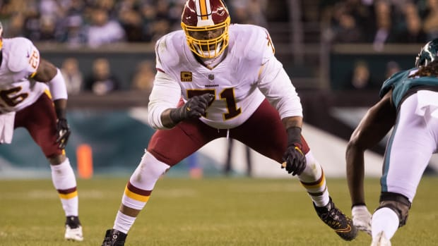 Trent Williams MNF Philly © Bill Streicher-USA TODAY Sports