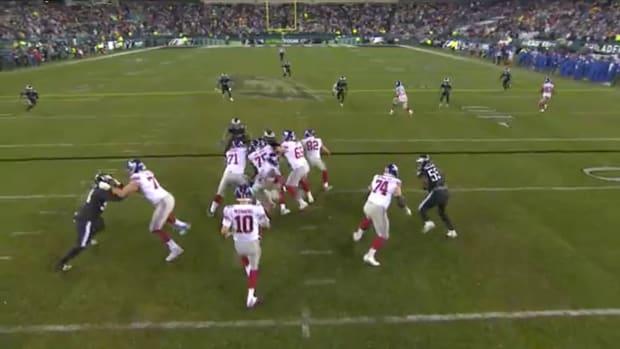 Screenshot of Giants' flea flicker play vs. Eagles on Monday Night Football