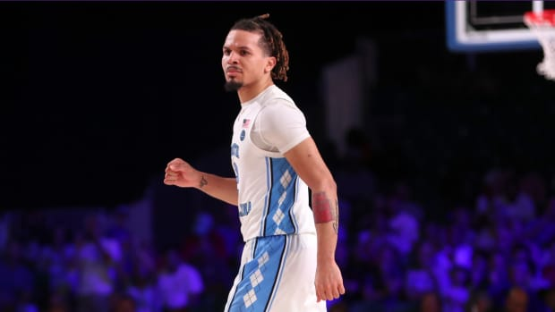 Cole Anthony is out indefinitely for UNC with a right knee injury.