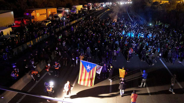 Catalan-Protests-Clasico