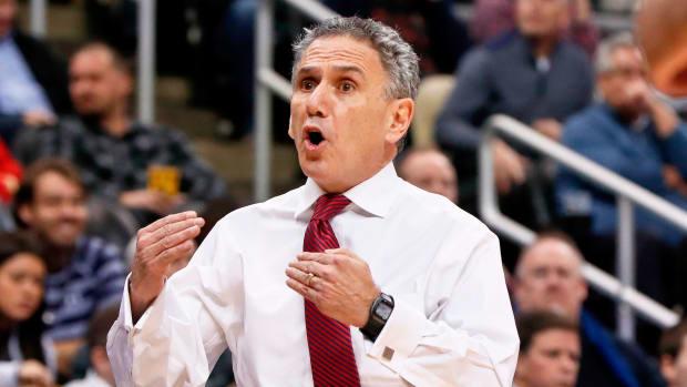 Duquesne basketball Keith Dambrot coach