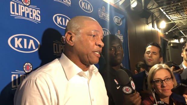 doc pregame vs. Lakers
