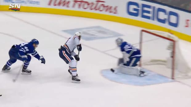 Screenshot of Connor McDavid's goal for the Oilers vs. Maple Leafs
