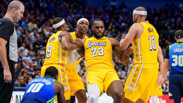 lakers-lebron-james-role-players