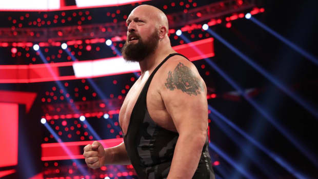 WWE's Big Show (Paul Wight) in the ring on Raw