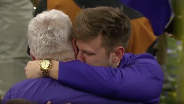 Steve Ensminger Hugs Son Embrace LSU Clemson