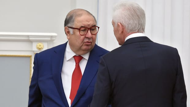 Usmanov-Everton-Stadium