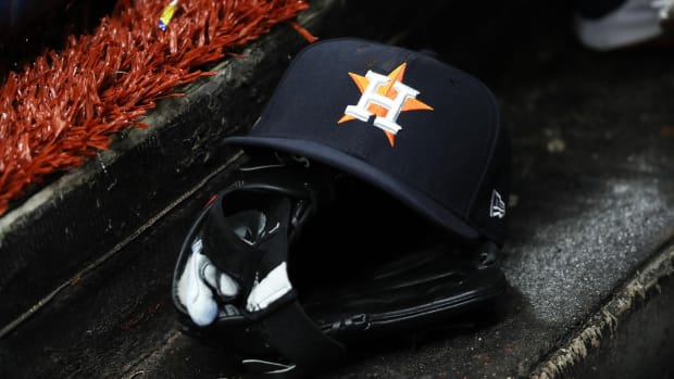 The Astros reportedly have an early list of managerial candidates.