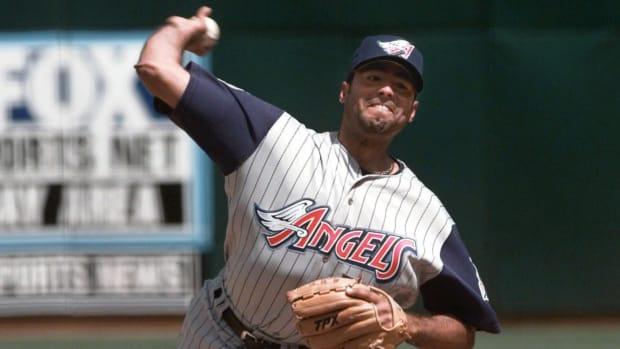 Former MLB pitcher Omar Olivares on the mound in an Anaheim Angels uniform