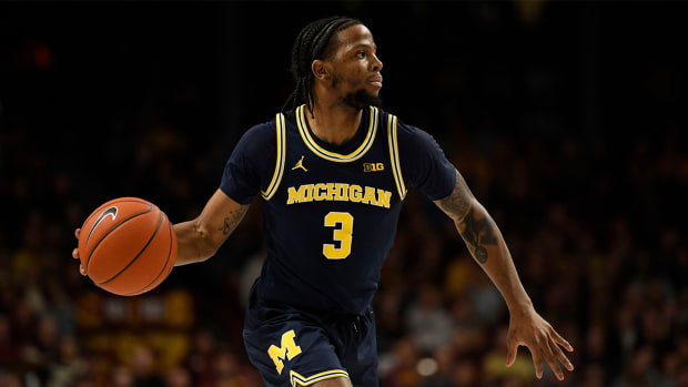 Zavier Simpson Michigan Iowa