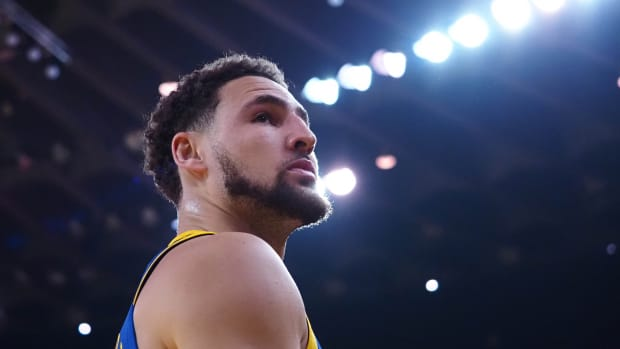 Klay Thompson watched his jersey go in the rafters at Washington State University.