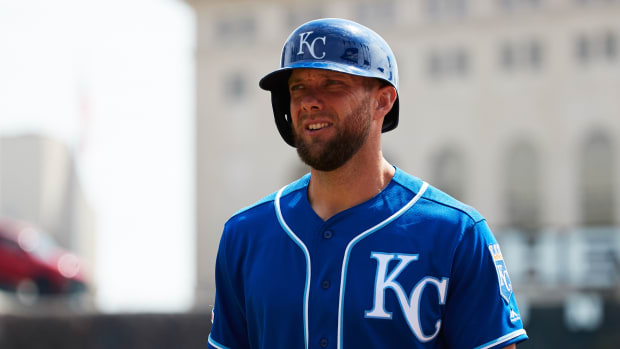 Alex Gordon will join the Royals for his 14th season.