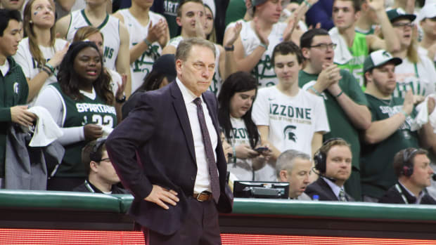 Tom Izzo watches his Spartans bounce back against Indiana. (Photo: Sofiya Stumpos, Spartan Nation)