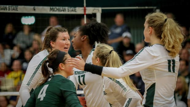 MU Volleyball (PHOTO:  MSU SID)