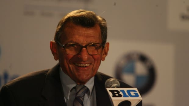 Penn State head coach Joe Paterno at the Big Ten media days.  Photo courtesy of Bill Marklevits.