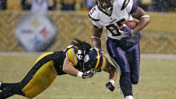Both Antonio Gates and Troy Polamalu feature prominently in the 2011 fantasy football rankings, but where do they land?  Check out this season's rankings to find out.