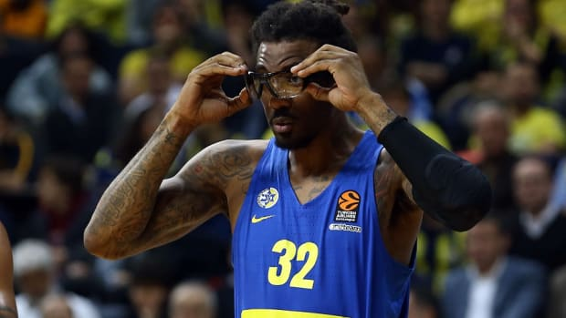 Former NBA center Amar'e Stoudemire lifted Maccabi Tel Aviv to the Israeli league championship.