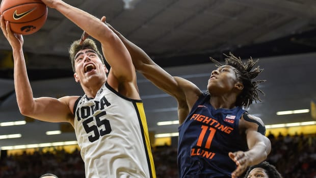 Iowa's Luka Garza vs Illinois' Ayo Dosunmu