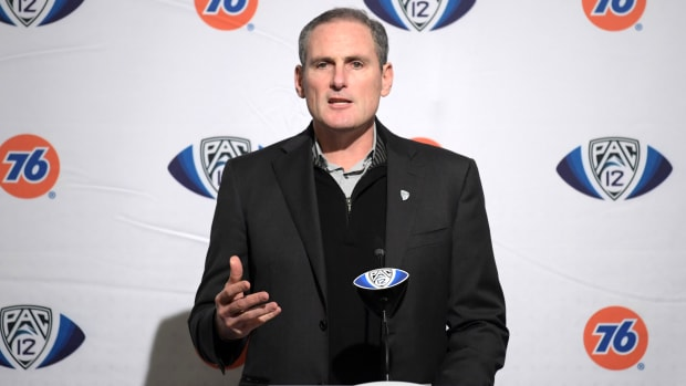 larry-scott-pac12