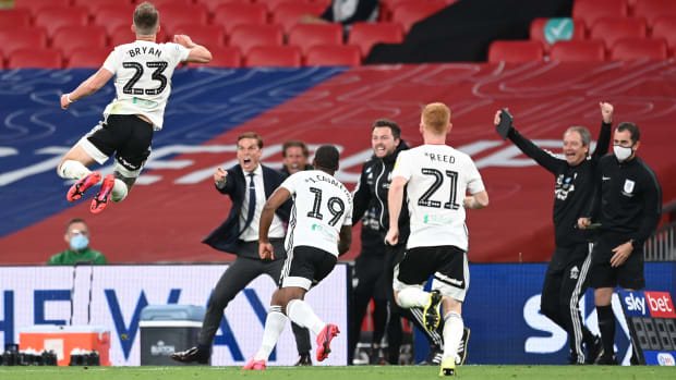 Joe-Bryan-Fulham-Brentford-Playoff-Final