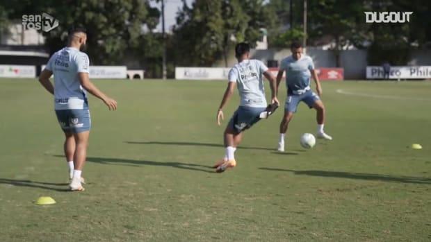 Santos' last training session before Internacional clash