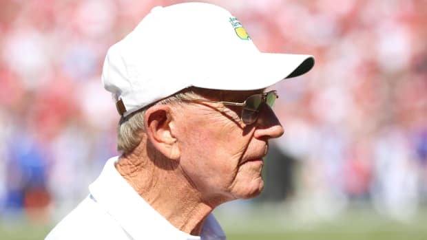 lou-holtz-college-football