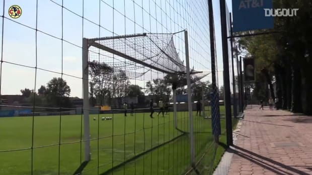 Guillermo Ochoa's first day back at Coapa
