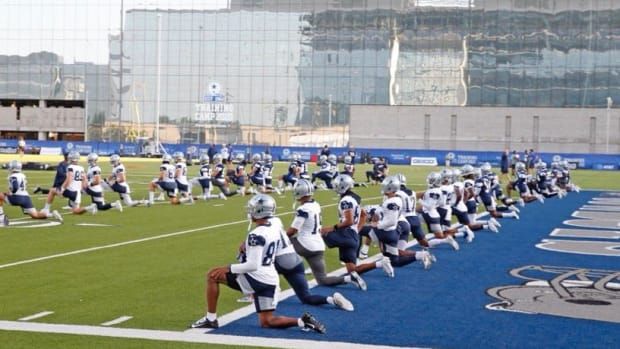 cowboys star camp stretch